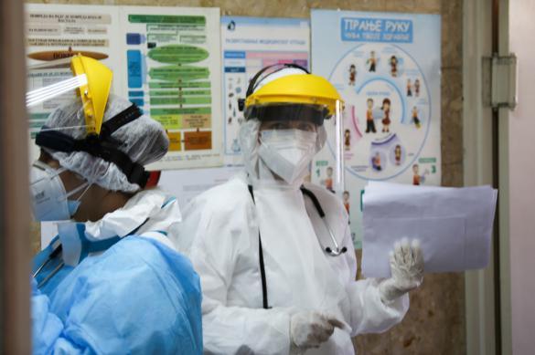 Российские военные химики обработали одну из главных больниц Сербии
