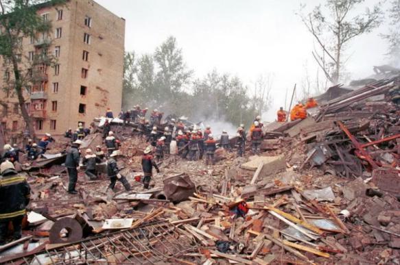 Третья годовщина взрыва на Каширском шоссе: Арби Бараев ездил по Москве в автомобиле с мигалками?