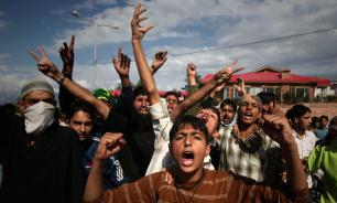 Индийские силовики проводят массовые задержания в Кашмире