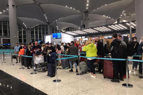 Мария Захарова объяснила, кто устанавливает цены на вывозные рейсы