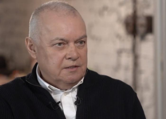 Телеведущий Дмитрий Киселёв выздоровел от коронавируса