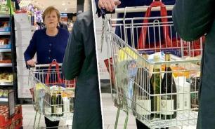 Ангела Меркель закупилась вином и туалетной бумагой