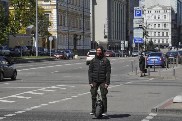 Почти на полтысячи человек выросло число больных COVID-19 на Украине