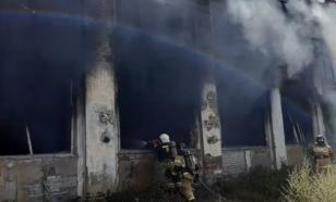 В Пензе на территории пекарни вспыхнул пожар