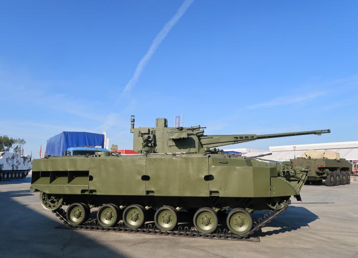 Рособоронэкспорт в ближайшие годы выведет на рынок 50 образцов оружия