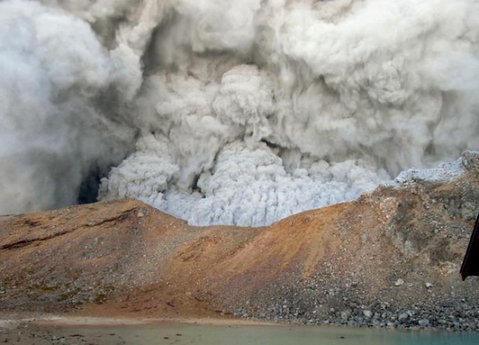 Наш корреспондент передает с места событий: извержение вулкана Попокатэпэтл в Мексике