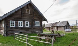 Заброшенные деревенские дома начали интересовать россиян