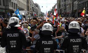 У российского посольства в Берлине прошли задержания протестующих