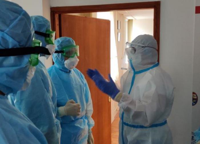 """Сербия стала """"одной большой COVID-больницей"""""""