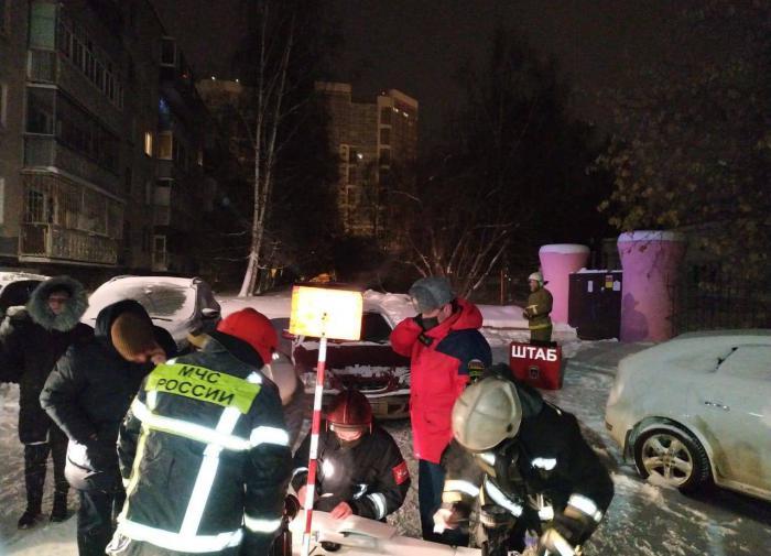 На пожаре в жилом доме в Екатеринбурге погибли восемь человек