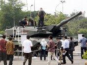 Германия заваливает оружием Алжир