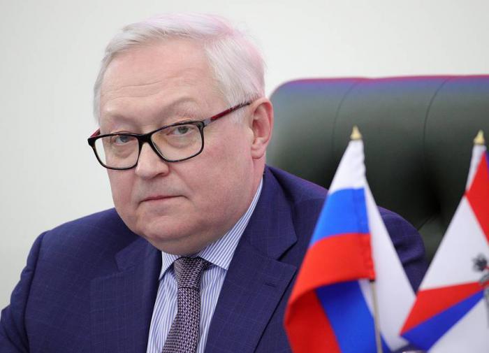 """""""Пытаются разогреть ситуацию"""": Рябков об инциденте в Чёрном море"""