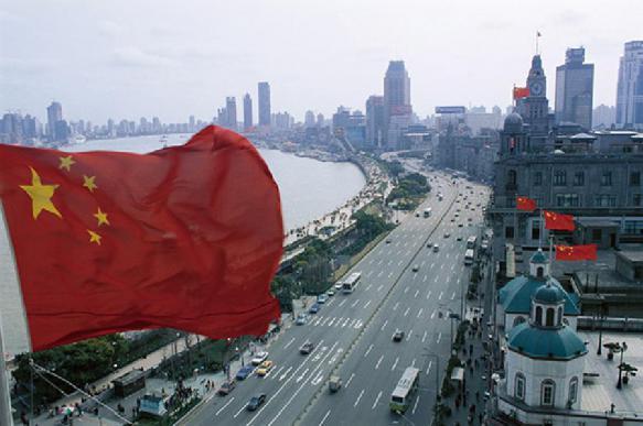 Власти Китая призвали сотрудников госкорпораций воздержаться от визитов в США