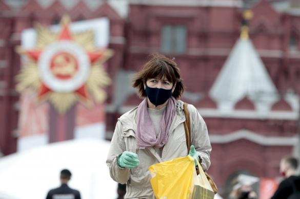 Почти девять тысяч новых коронавирусных больных в России