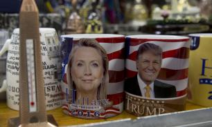 На репетиции перед дебатами Клинтон придумывала, как уклониться от объятий Трампа
