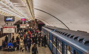 Жители Новосибирска все чаще выбирают метро