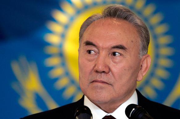 Казахстанский тенге стремительно обвалился