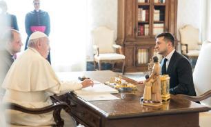 """Папа Римский якобы назвал Зеленского """"президентом мира"""""""