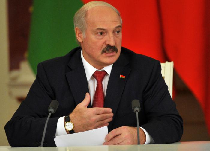 Лукашенко: Порошенко отказался от предложений Путина по Донбассу