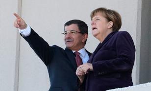 Politico: С турецкими министрами Меркель встречается чаще, чем с немецкими