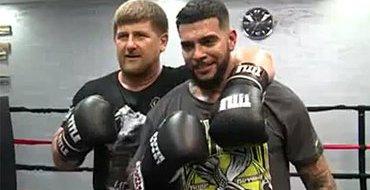 Кадыров побил Тимати на ринге - рэпер остался жив
