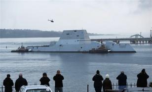 """Новейший американский эсминец Zumvalt не выдержал """"испытание"""" Панамским каналом"""