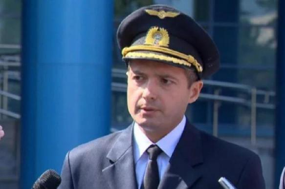 Пилот аварийного A321 стал скрывать имя от пассажиров