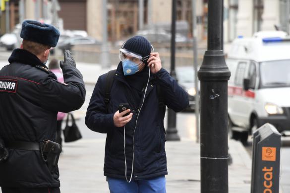 Москвичей будут штрафовать за ношение одной перчатки