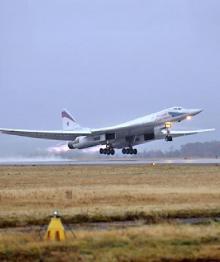 """Американский посол назвал Ту-160 """"экспонатами из музея"""""""