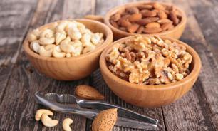 Грецкие орехи и миндаль помогают сердцу при диабете второго типа