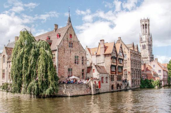 Власти Бельгии планируют ослабить ограничения из-за COVID-19