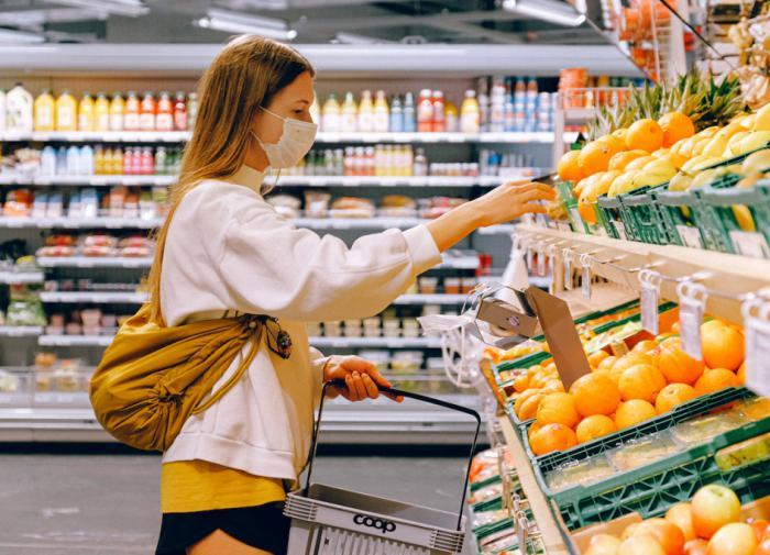 Экономист рассказала, когда российские потребители станут позитивнее