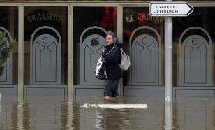 Лувр закрыли из-за угрозы затопления