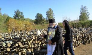 Солдат взорвавшейся воинской части под Ачинском окропили святой водой
