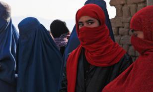 """Талибы* велели женщинам Афганистана """"оставаться дома"""""""