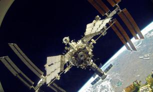 "НАСА купит два места на ""Союзах"" для полетов на МКС"