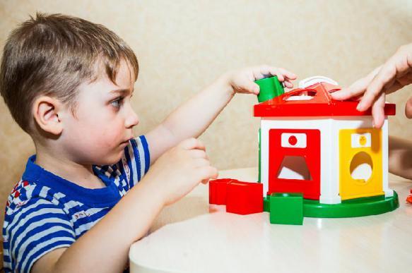 Семь лучших обычных игрушек для детей с аутизмом