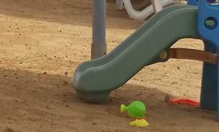 На Кубани умер мальчик, которого братья закопали в песок
