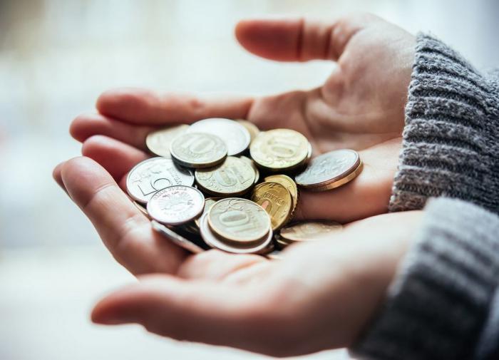 Руслан Гринберг: Сегодня доходы растут только у богатых, у средних не растут, у бедных падают