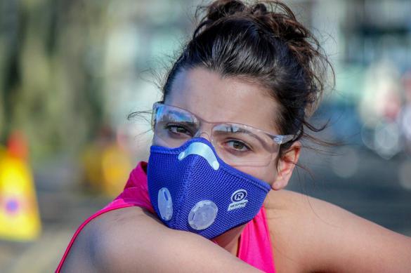 На Кубани создали сдерживающие COVID-19 нанонити для масок