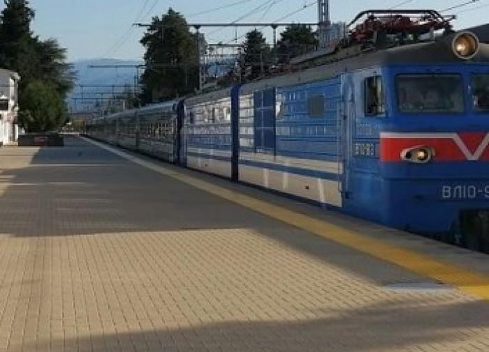 """Футболисты украинского """"Колоса"""" устроили пьяный дебош в поезде"""
