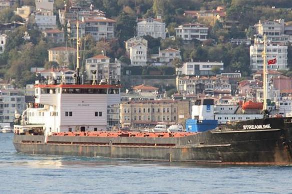 Экипаж задержанного в Турции российского судна не может получить медпомощь