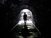 17-летняя девушка, оштрафованная за секс в метро, оказалась беременной