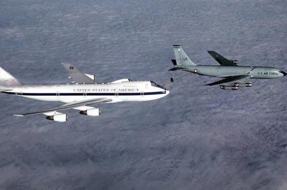 """ВВС США переделывают безнадежно устаревшие """"самолеты Судного дня"""""""