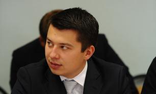 Челябинский депутат привел 12 помощников на заседание комиссии ЖКХ