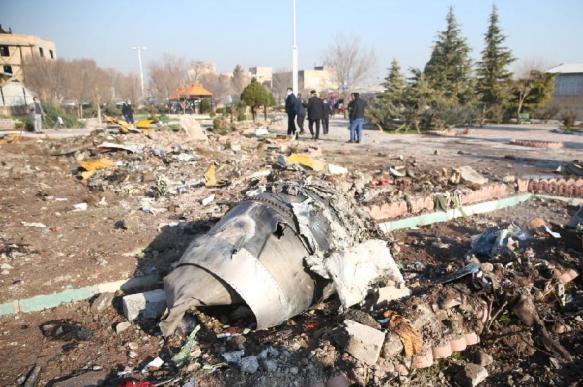 Иран приступил к расшифровке чёрных ящиков упавшего самолёта
