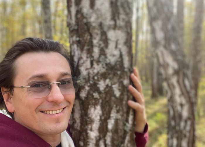 Сергей Безруков пытается быть образцовым отцом