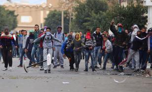 Беспорядки в Тунисе: народ против сноса уличных киосков