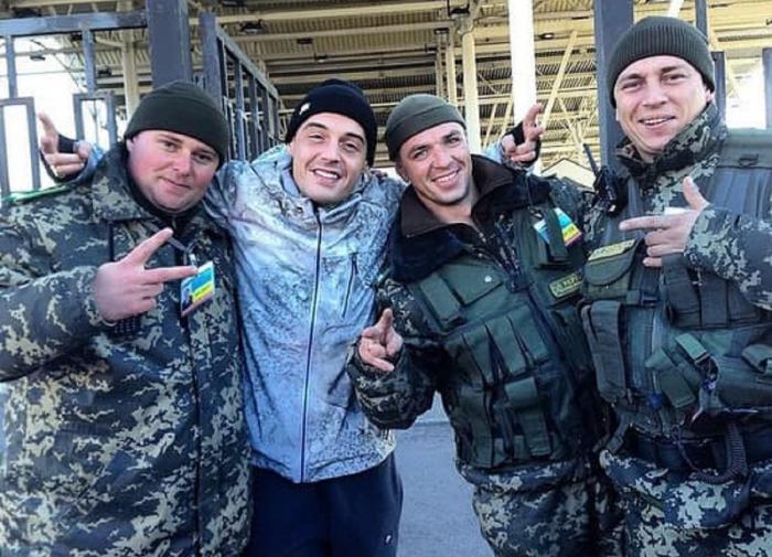 В ДНР недовольны приездом Гуфа из-за его фотографии с ВСУ