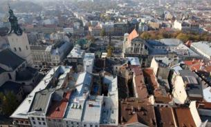 """Приезжающие во Львов с востока Украины беженцы проходят процедуру """"духовной реабилитации"""